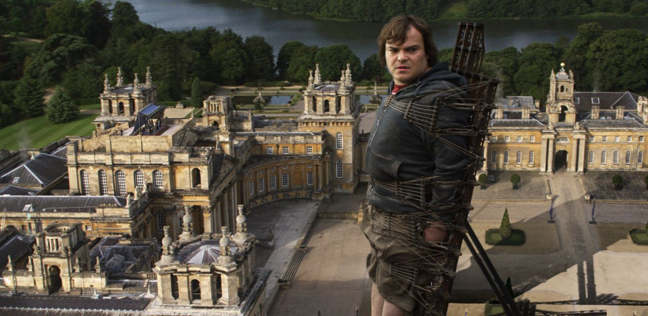 Für Gulliver (Jack Black, r.) hält das Leben nicht allzu viele Herausforderungen bereit - bis er einen Bericht über das Geheimnis des Bermuda Dreiec... - Bildquelle: Murray Close TM and   2010 Twentieth Century Fox Film Corporation.  All rights reserved.  Not for sale or duplication.