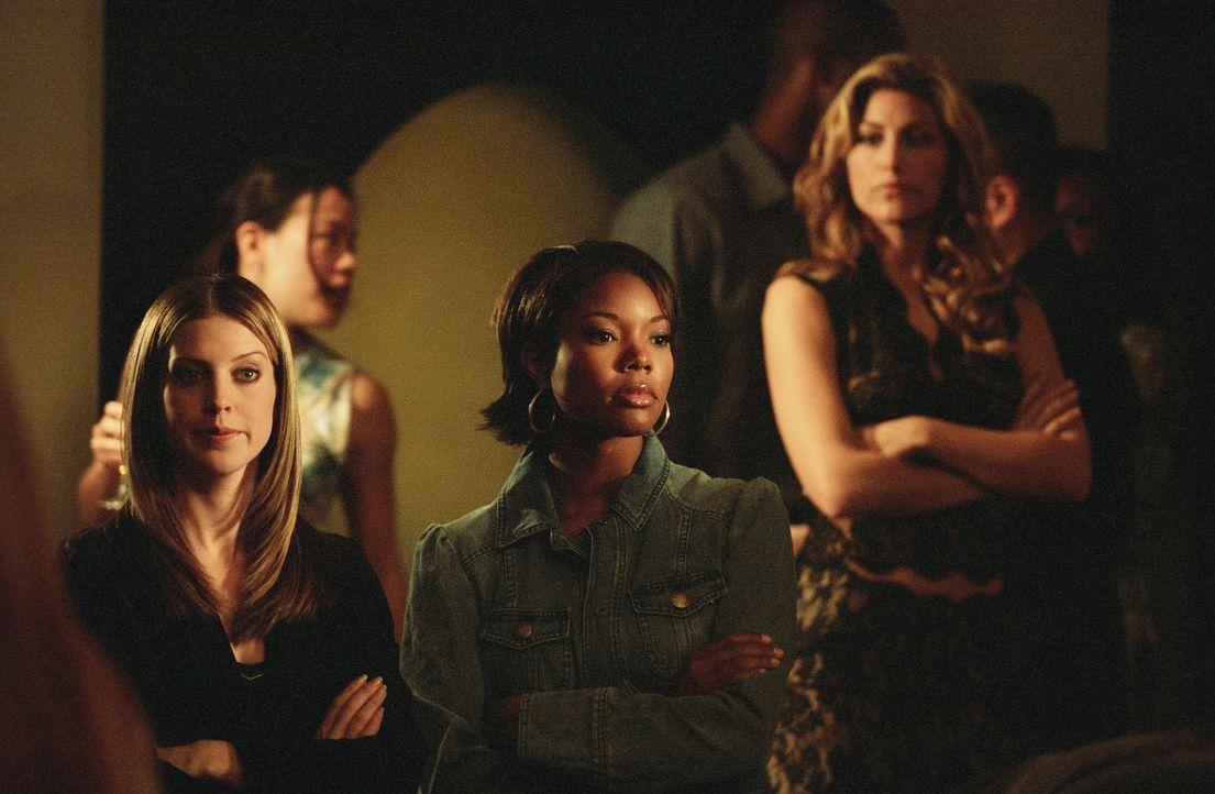 Evan nutzt die hilfreichen Tipps seines Cousins, um seine Ex-Freundin Nicky (Gabrielle Union, M.) zurückzugewinnen Doch diese hat längst Wind von de... - Bildquelle: 2006 Sony Pictures Television International.