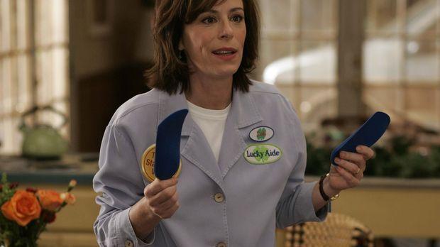 Lois (Jane Kaczmarek) ist überglücklich, denn dank der neuen Einlegesohlen ko...