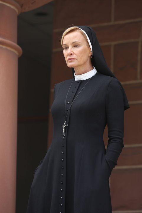 Jahr 1964: In Schwester Judes (Jessica Lange) Augen sind die Insassen der Briarcliff-Nervenheilanstalt nur Opfer ihrer eigenen sündigen Triebe und... - Bildquelle: 2012-2013 Twentieth Century Fox Film Corporation. All rights reserved.