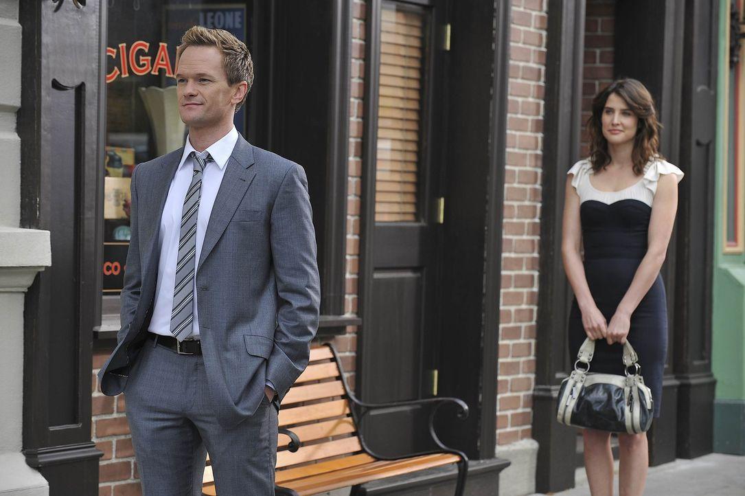 Beim versuch Ted davon abzuhalten sich wieder mit Zoey einzulassen, kommen sich Barney (Neil Patrick Harris, l.) und Robin (Cobie Smulders, r.) näh... - Bildquelle: 20th Century Fox International Television