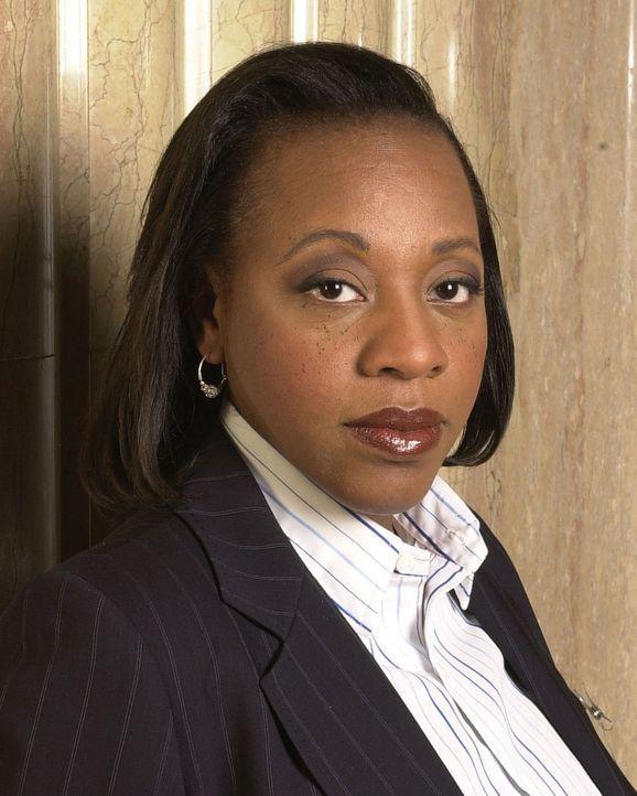 (1. Staffel) - Ermittlungsbeamtin Vivian Johnson (Marianne Jean-Baptiste) ist für die kleinen Details zuständig ... - Bildquelle: Tony Esparza Warner Bros. Entertainment Inc.