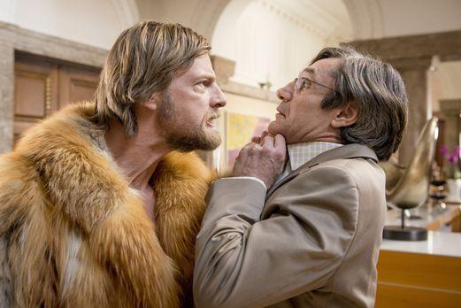 Der letzte Bulle - Als Mick (Henning Baum, l.) klar wird, dass sich sein Vate...