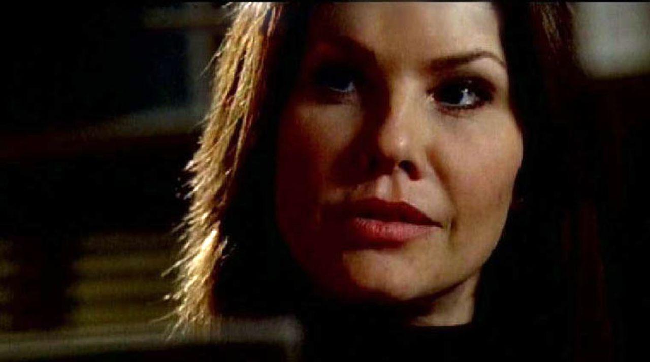 Jill Morris (Andrea Roth), eine junge, ehrgeizige FBI-Agentin untersucht den Fall eines Serienmörders, der schlimmste Folterpraktiken an seinen wei... - Bildquelle: Touchstone Television