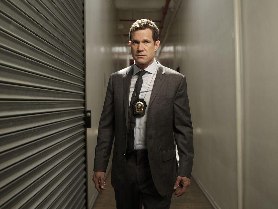 (1. Staffel) - Geht gemeinsam mit Detective Carrie Wells auf Verbrecherjagd: Detective Al Burns (Dylan Walsh) ... - Bildquelle: 2011 CBS Broadcasting Inc. All Rights Reserved.
