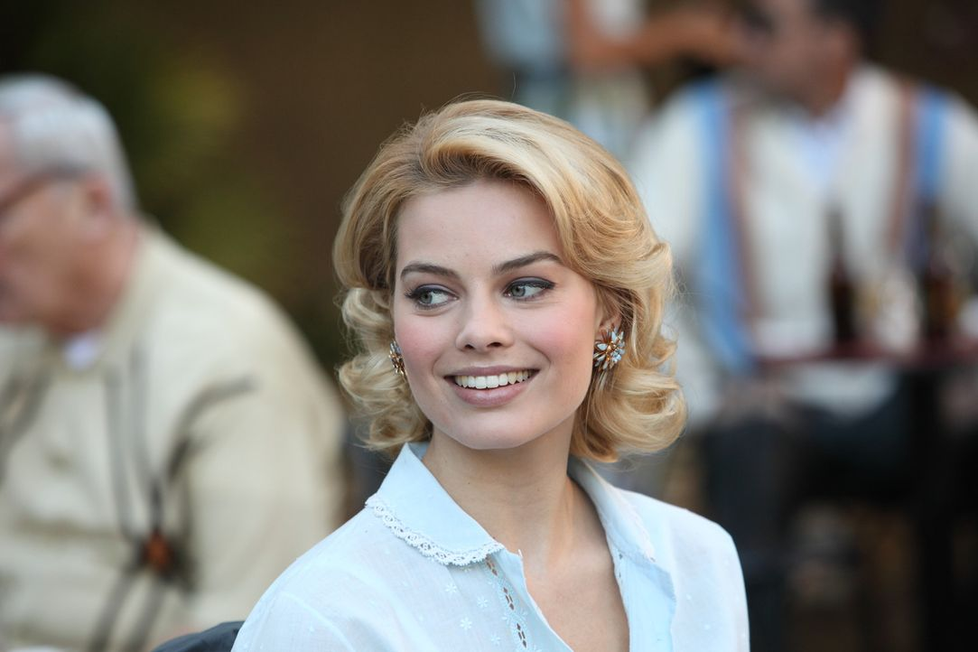 Sie möchte gerne eine moderne Frau werden und trifft dafür eine weitreichende Entscheidung: Laura Cameron (Margot Robbie) ... - Bildquelle: 2011 Sony Pictures Television Inc.  All Rights Reserved.
