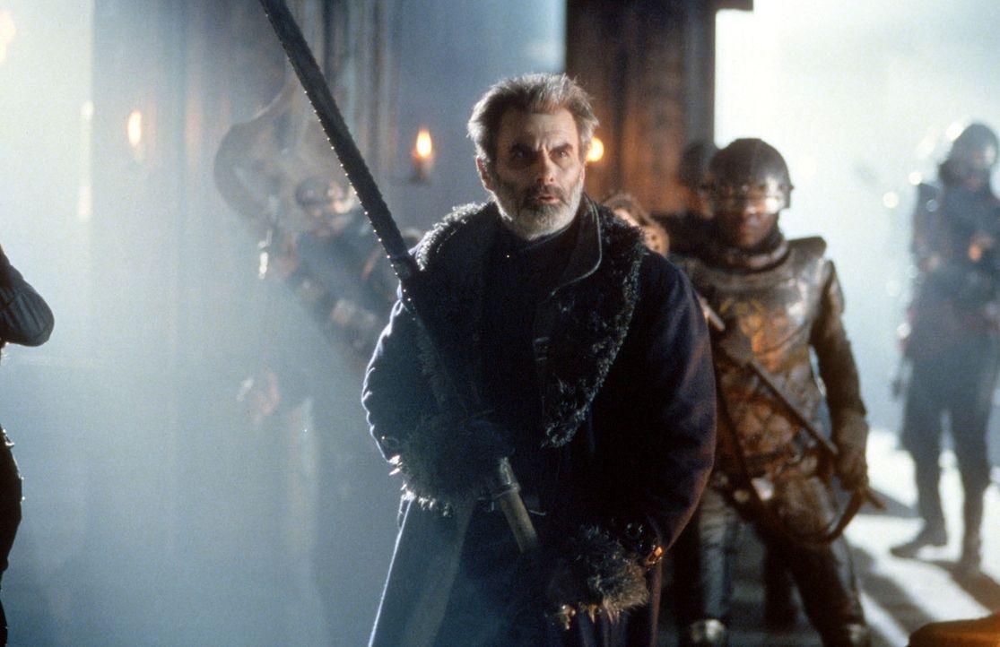 Hrothgar (Oliver Cotton) kämpft verzweifelt gegen das Monster ... - Bildquelle: Kinowelt Filmverleih