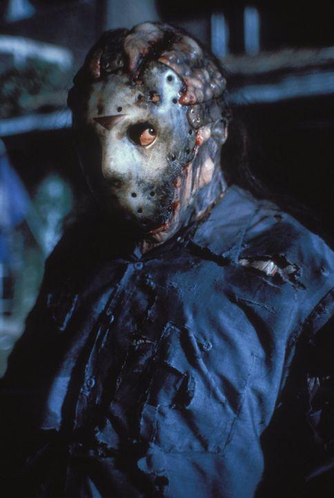 Jason Voorhees (Kane Hodder) ist wieder als Serienkiller unterwegs. Gelingt es seinen Jägern dieses Mal, sein mörderisches Treiben zu stoppen? - Bildquelle: Warner Bros.