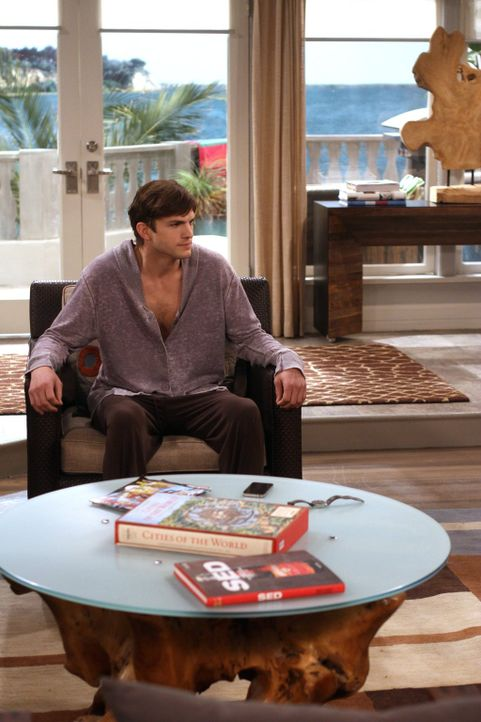 Ahnt nicht, wie anstrengend ein Kind sein kann: Walden (Ashton Kutcher) ... - Bildquelle: Warner Brothers Entertainment Inc.