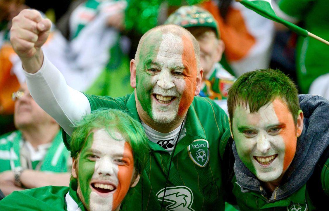 Fußball-Fan-Irland-120614-dpa - Bildquelle: dpa