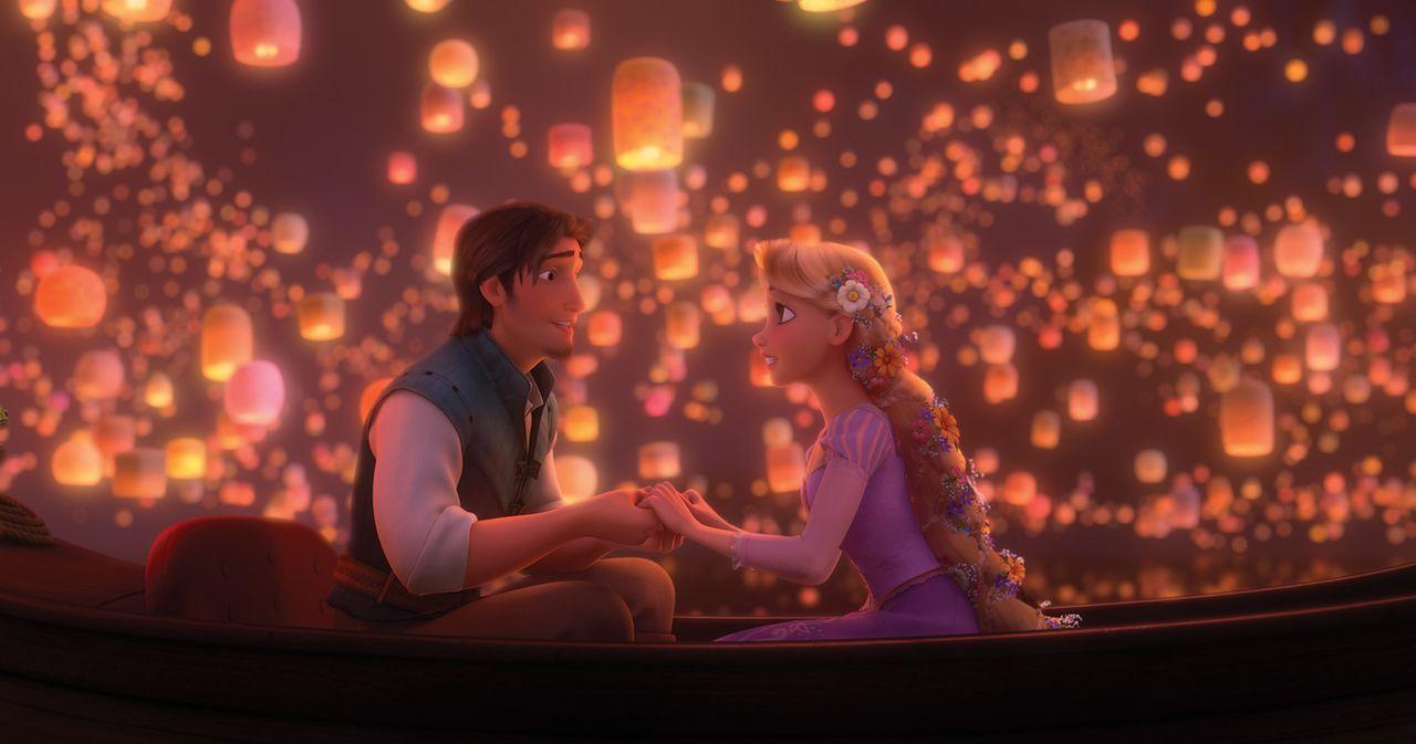 Einmal die Lichter im Himmel sehen und herausfinden, was dahinter steckt: Das ist Rapunzels (r.) großer Wunsch, den ihr der gewitzte Dieb Flynn Ride... - Bildquelle: Disney.  All rights reserved