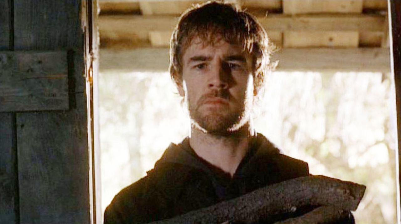 Der Psychopath Tobias Hankel (James Van Der Beek) hält Special Agent Spencer Reed an einem geheimen Ort gefangen, wo er von ihm unter Drogen gesetz... - Bildquelle: Touchstone Television