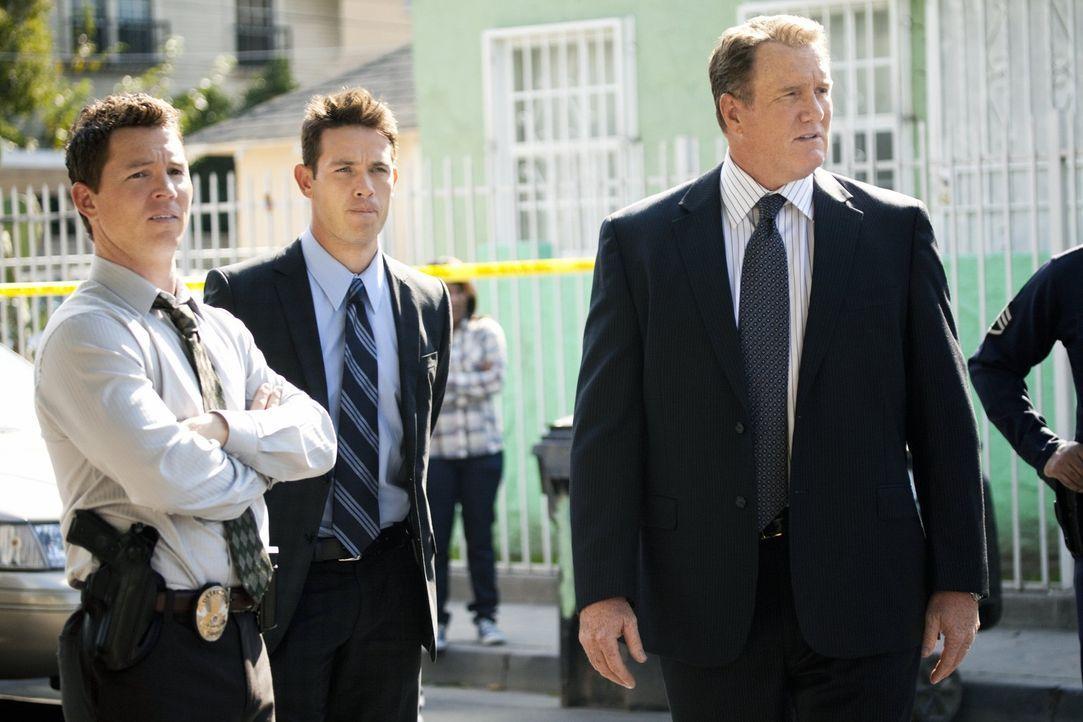 Ein neuer Fall beschäftigt Detective Sammy Bryant (Shawn Hatosy, l.), Detective Nate Moretta (Kevin Alejandro, M.) und Detective Daniel Salinger (M...