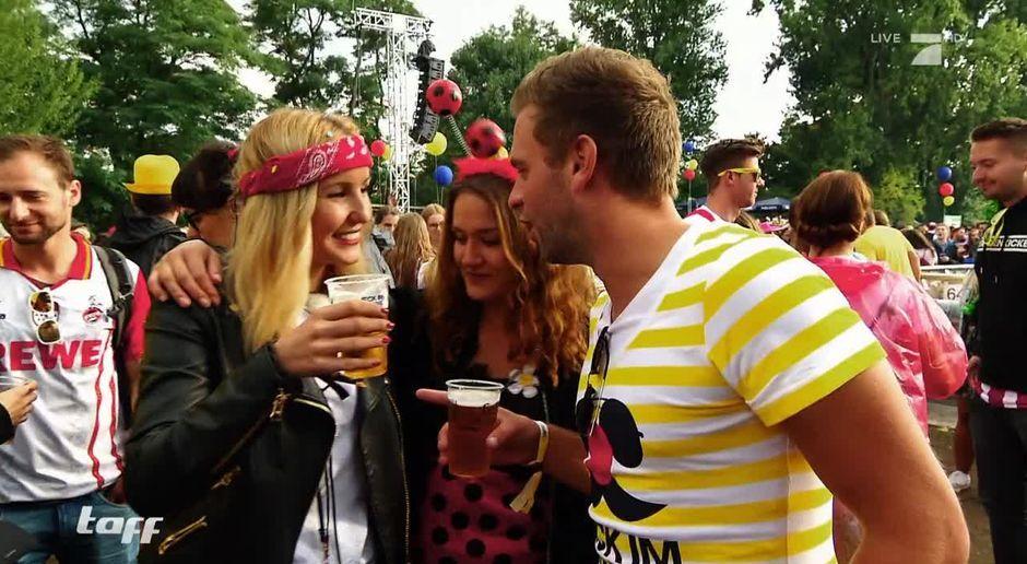 Taff Video Jeck Im Sunnesching Der Karneval Im Sommer Prosieben