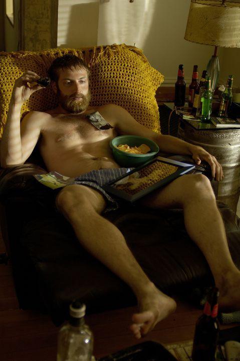 Als ihn seine Freundin verlässt, fällt Joel (Fran Kranz) in ein schwere Depressionen und lässt sich völlig gehen ... - Bildquelle: 2007 Screen Gems, Inc. All Rights Reserved