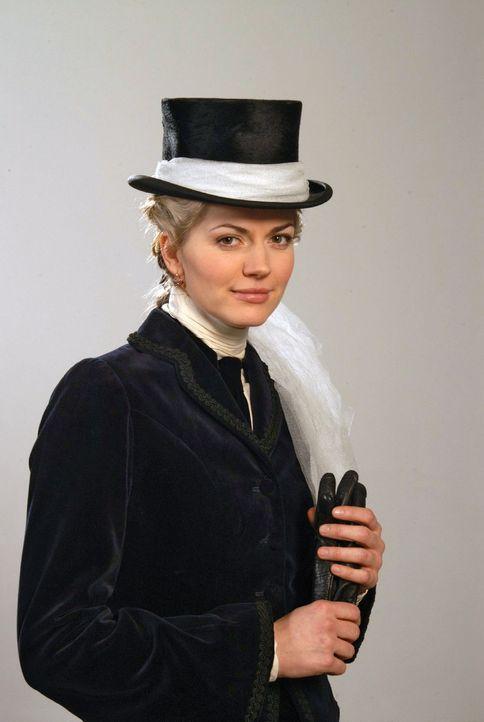 Friederike Gravenhorst (Nina Bott) - Bildquelle: Aki Pfeiffer Sat.1