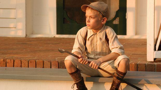 In jungen Jahren beginnt Bobby Jones' (Devon Gearhart) Leidenschaft für das G...