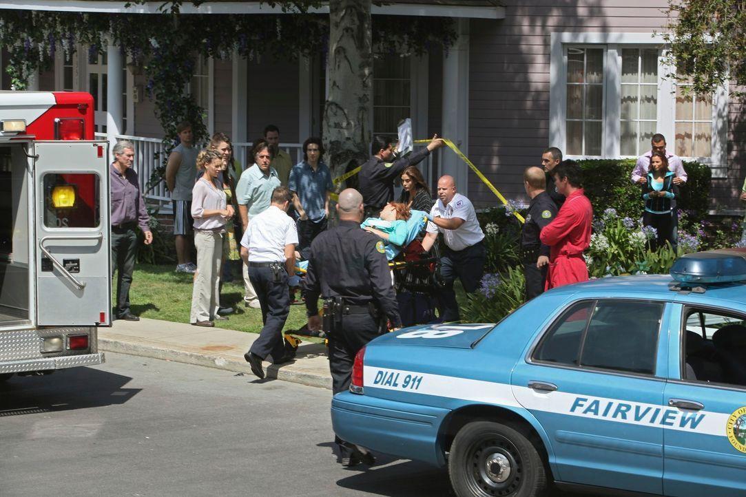 Die Bewohner der Wisteria Lane können nicht fassen, was geschehen ist ... - Bildquelle: ABC Studios