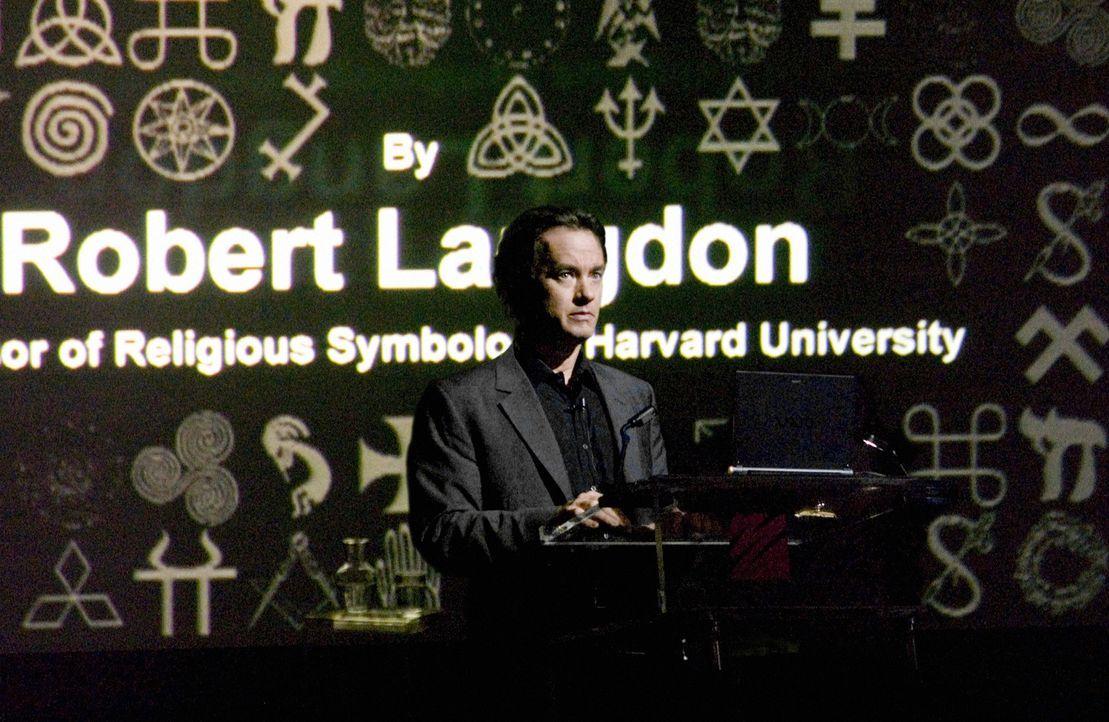 Ursprünglich wollte der Wissenschaftler Dr. Robert Langdon (Tom Hanks) sein neues Buch in Paris vorstellen. Doch plötzlich ist er der Hauptverdäc... - Bildquelle: Sony Pictures Television International. All Rights Reserved.