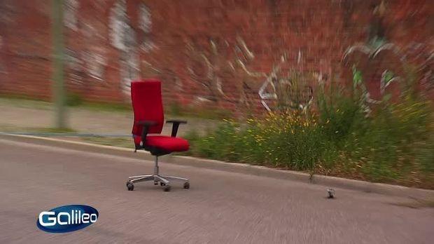 galileo video stiftung warencrash b rostuhl prosieben. Black Bedroom Furniture Sets. Home Design Ideas