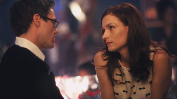 Als seine Ex-Freundin Jamie (Famke Janssen, r.) plötzlich bei Larry (Robert D...