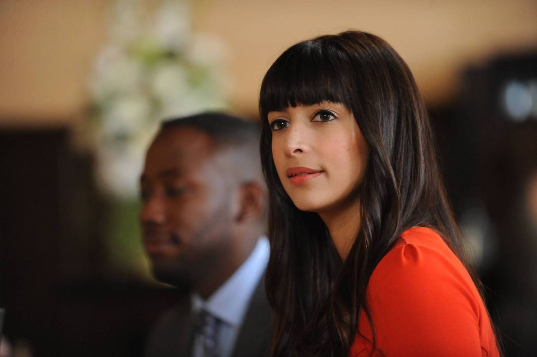 Auf der letzten Hochzeit der Saison wird Cece (Hannah Simone) mal wieder vor Augen geführt, was für verrückte Freunde sie hat ... - Bildquelle: 2014 Twentieth Century Fox Film Corporation. All rights reserved.
