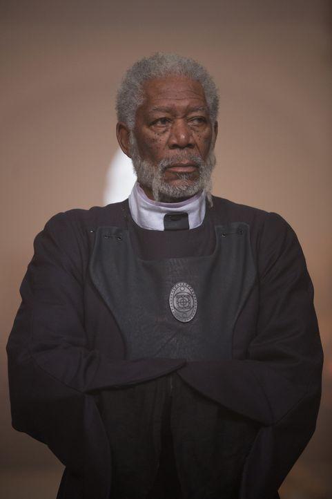 Prangert die am kaiserlichen Hof grassierende Korruption schonungslos an: Fürst Bartok (Morgan Freeman) ... - Bildquelle: Wild Bunch