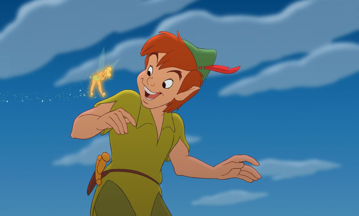 Seit vielen Jahren führen Peter Pan (r.) und die Fee Naseweis (l.) ein geruhsames Leben in Nimmerland. Doch dann wird Wendys kleine Tochter Jane vo... - Bildquelle: Disney