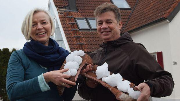 Eisbrocken_kracht-auf-Dach