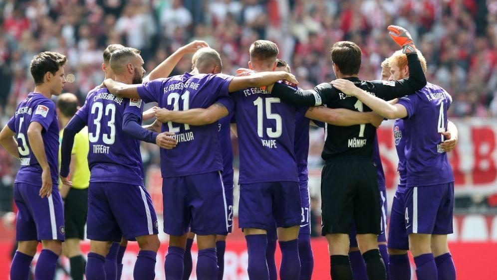 Starke Teamleistung: Aue ließ Fürth keine Chance - Bildquelle: FIROFIROSID