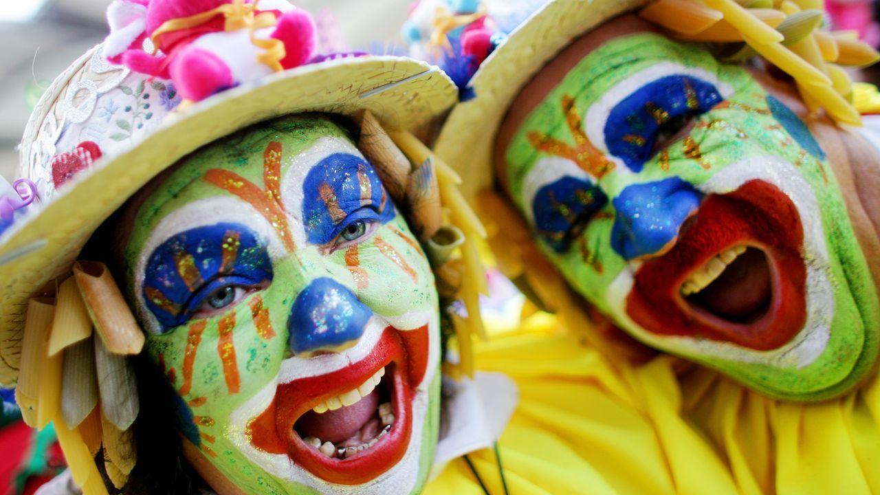 karneval-fasching-kostuem-clowns-11-03-07-dpa