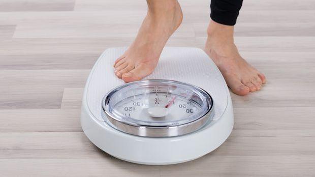 Um dem Jojo-Effekt vorzubeugen, ist eine dauerhafte Ernährungsumstellung notw...