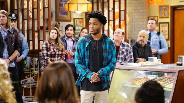Superior Donuts - Superior Donuts - Staffel 1 Episode 7: Die Unglaublichen Rassisten