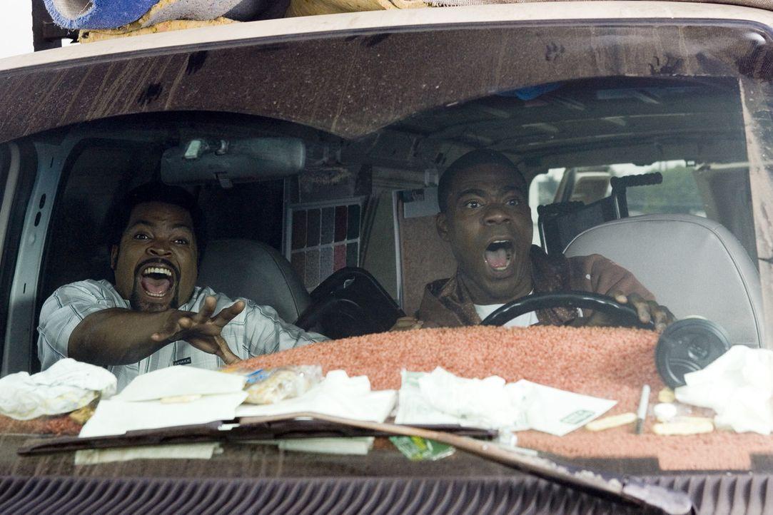 Bei einem Coup mit geklauten Rollstühlen geraten die beiden mächtig ins Schleudern: Durell (Ice Cube, l.) und LeeJohn (Tracy Morgan, r.) ... - Bildquelle: 2007 Screen Gems, Inc. All Rights Reserved.
