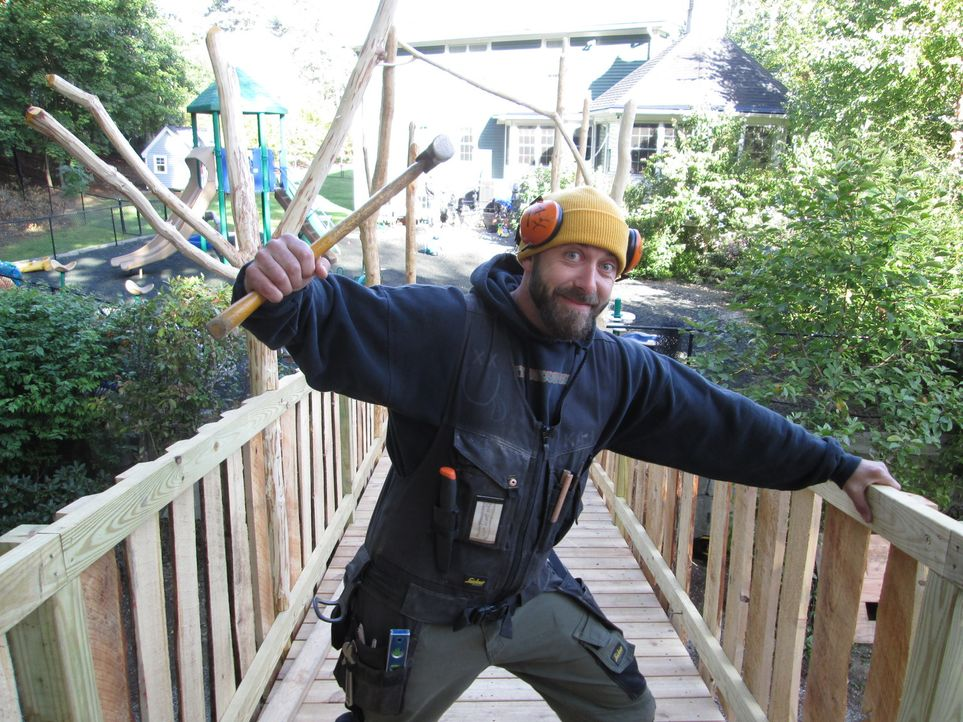 Für Treehouse Guy Ka-V ist kein Baum zu hoch: In Worcester Massachusetts baut er gemeinsam mit seinen Designer- und Kletter-Kollegen ein Traum-Baumh... - Bildquelle: 2016, DIY Network/Scripps Networks, LLC. All Rights Reserved.