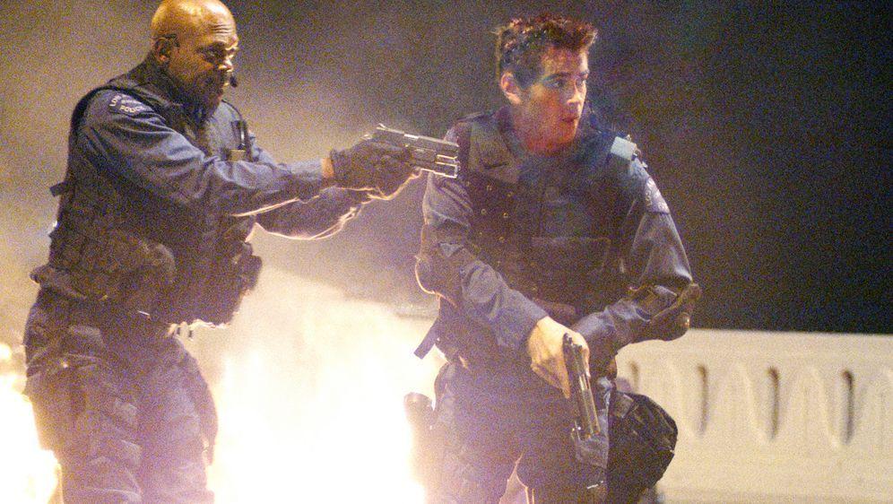 S.W.A.T. - Die Spezialeinheit - Bildquelle: 2004 Sony Pictures Television International. All Rights Reserved.