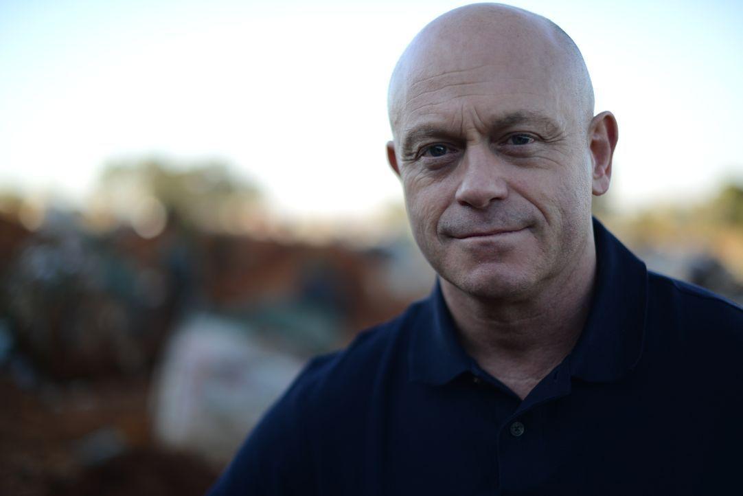 Vergewaltigungen durchziehen in Südafrika alle ethnischen und gesellschaftlichen Schichten. Ross Kemp erfährt, dass die Dunkelziffer an Vergewaltigu... - Bildquelle: Freshwater Films Ltd 2015