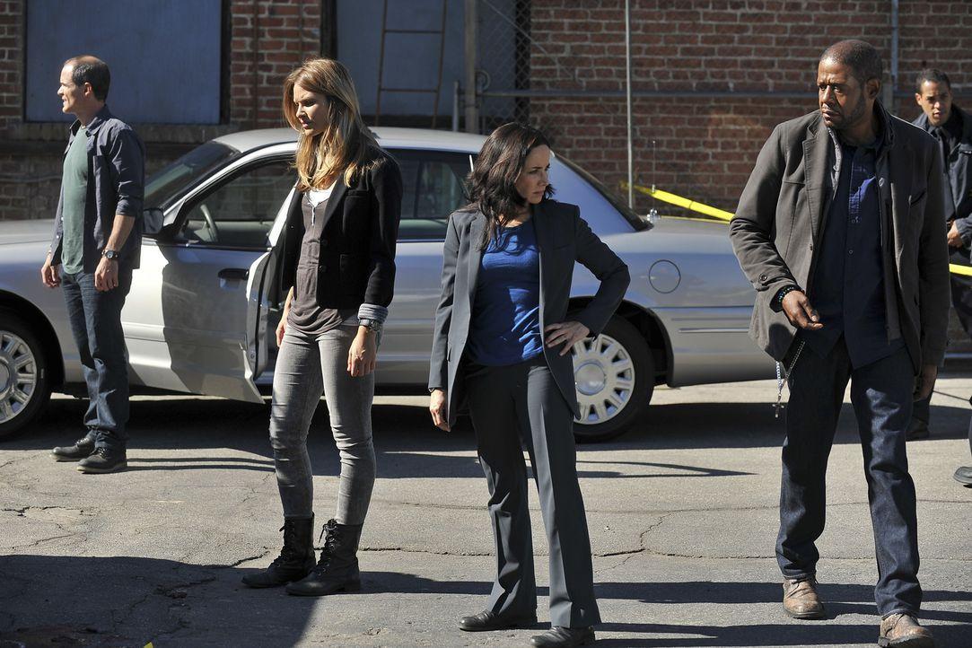 Als in Tulsa, Oklahoma, drei junge Männer in einer Nacht mit einem Baseballschläger ermordet werden, sind John (Michael Kelly, l.), Beth (Janeane Ga... - Bildquelle: ABC Studios