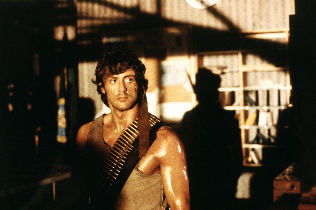 Top - Dschungelkämpfer Rambo (Sylvester Stallone) liefert seinen chancenlosen Verfolgern einen mörderischen Kampf ... - Bildquelle: 1982 STUDIOCANAL. All Rights Reserved.