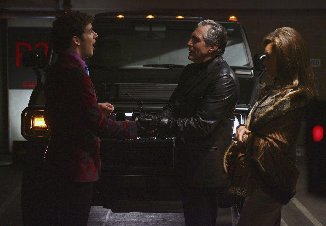 Um Marc (Michael Urie, l.) zum schweigen zu bringen, hat Wilhelmina (Vanessa Williams, r.) Jody Pennette (Ron Gilbert, M.) angeheuert ... - Bildquelle: Buena Vista International Television
