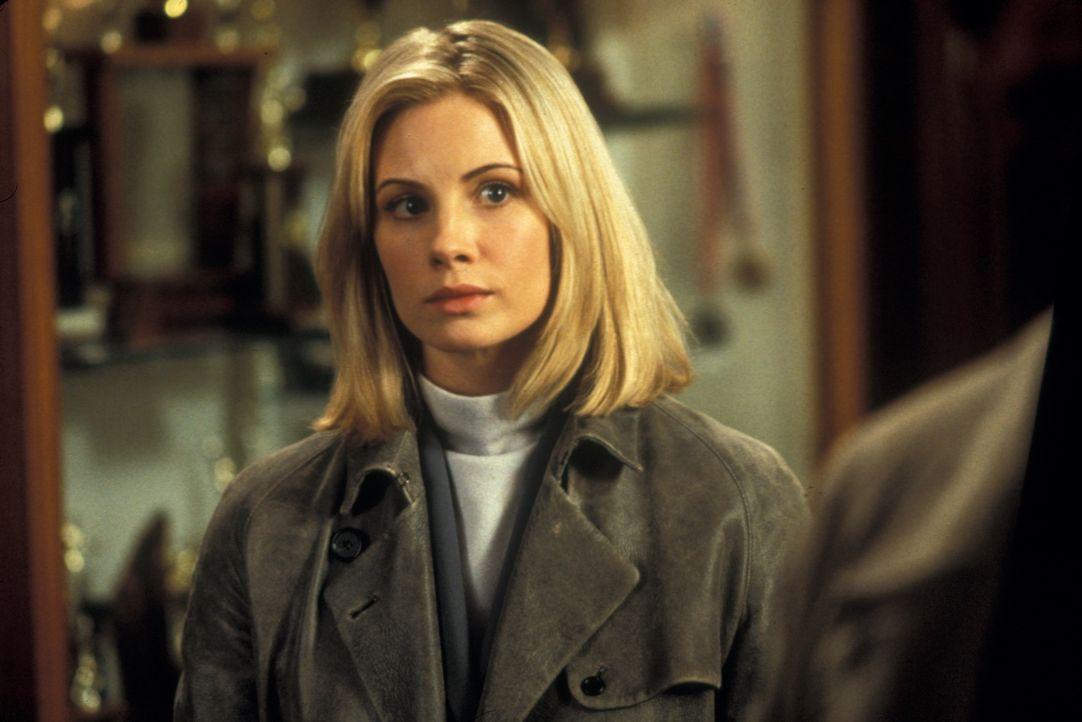 Als eine ihr anvertraute Schülerin entführt wird, macht sich Jezzie Flannigan (Monica Potter) daran, den Täter zu entlarven und das Kind zu retten.... - Bildquelle: Joseph Lederer 2001 Paramount Pictures