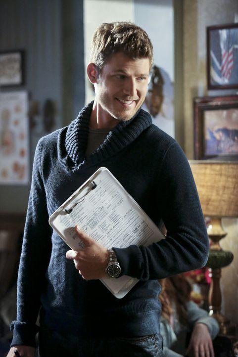 Der Arzt Jonah Breeland (Travis Van Winkle) wird zur Gefahr für Zoe und ihren hart erkämpften Ruf ... - Bildquelle: Warner Bros.