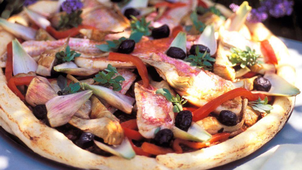 Pizza mit Rotbarben - Bildquelle: Photocuisine