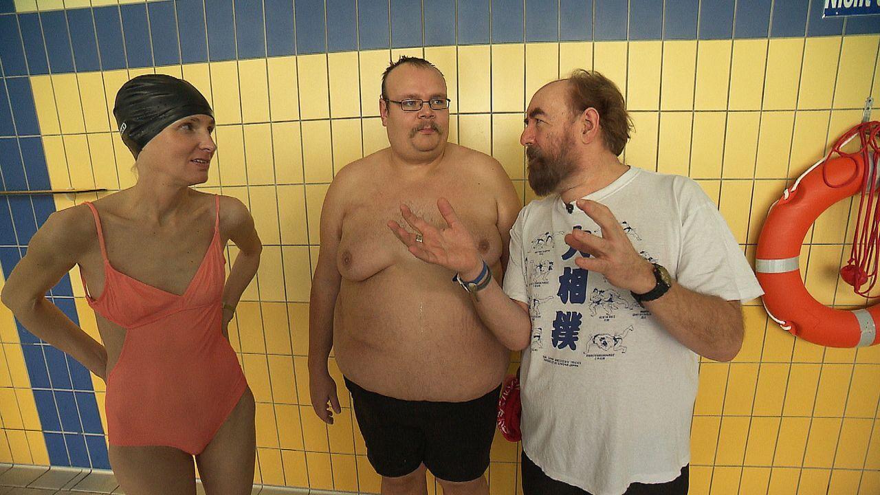 """Dieses Mal treffen in """"Raus aus dem Zwang"""" zwei besondere Menschen aufeinander: ein dünner Mensch und ein dicker Mensch: Die magersüchtige Martina (... - Bildquelle: kabel eins"""