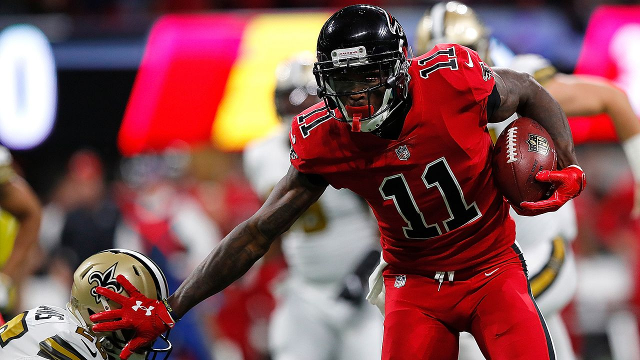 Julio Jones erzielt seit vier Saisons stets mehr als 1400 Receiving Yards - Bildquelle: 2017 Getty Images