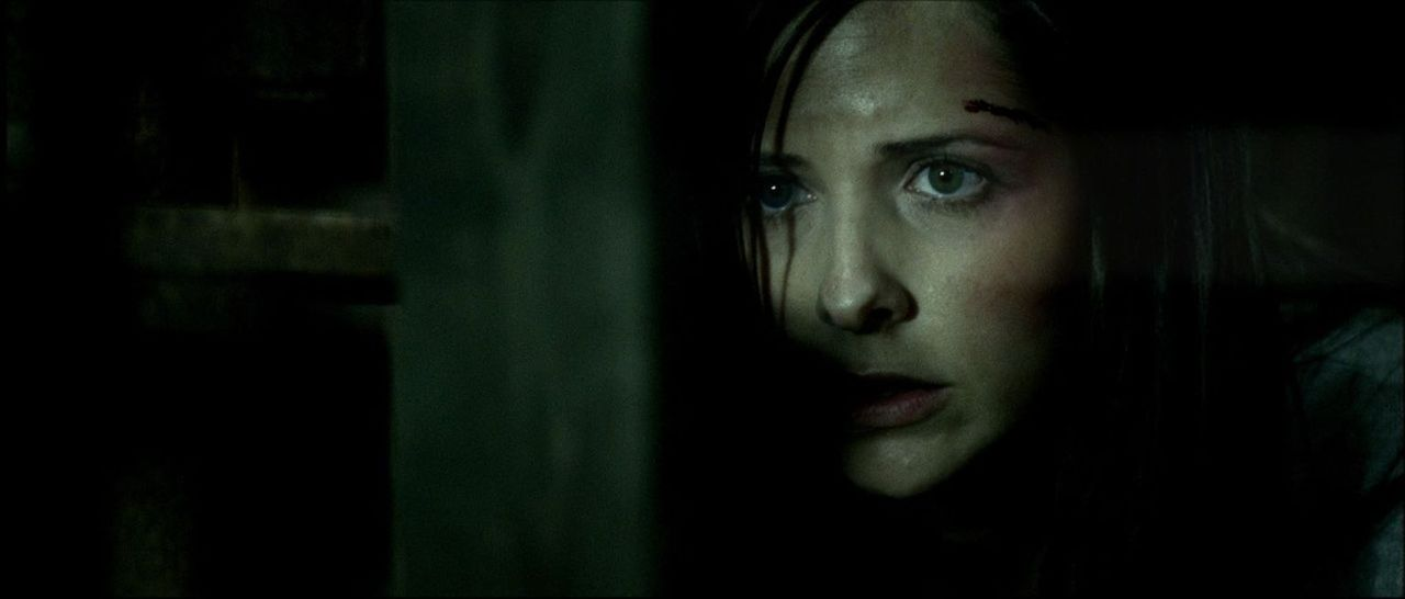 Wird mit den Geistern ihrer eigenen Vergangenheit konfrontiert: Joanna Mills (Sarah Michelle Gellar) ... - Bildquelle: Tobis Film GmbH & Co. KG