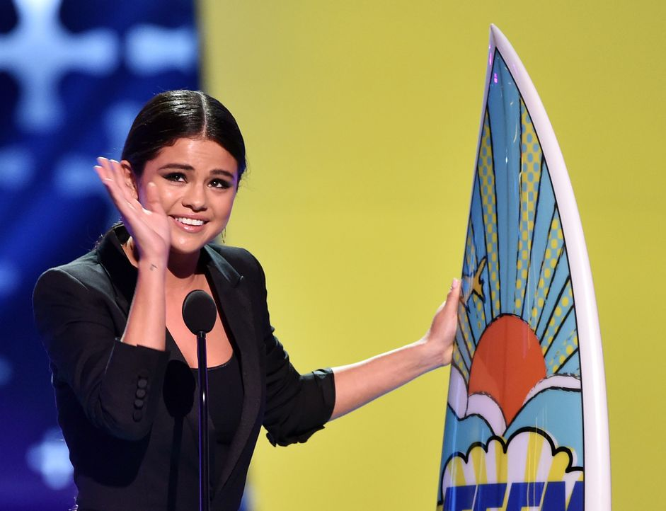 Teen-Choice-Awards-Selena-Gomez-140810-2-getty-AFP - Bildquelle: getty-AFP