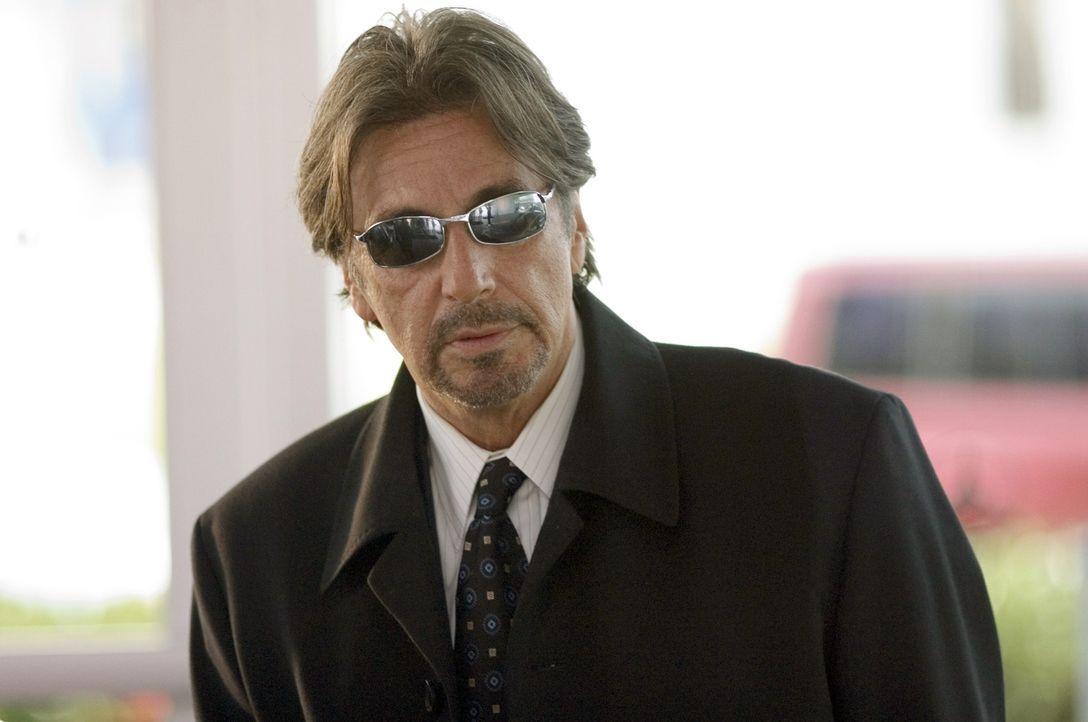 Der Chef einer der größten Sportwettagenturen des Landes, Walter Abraham (Al Pacino), engagiert einen hellseherisch begabten Ex-Sportler, der seinen... - Bildquelle: Morgan Creek Productions
