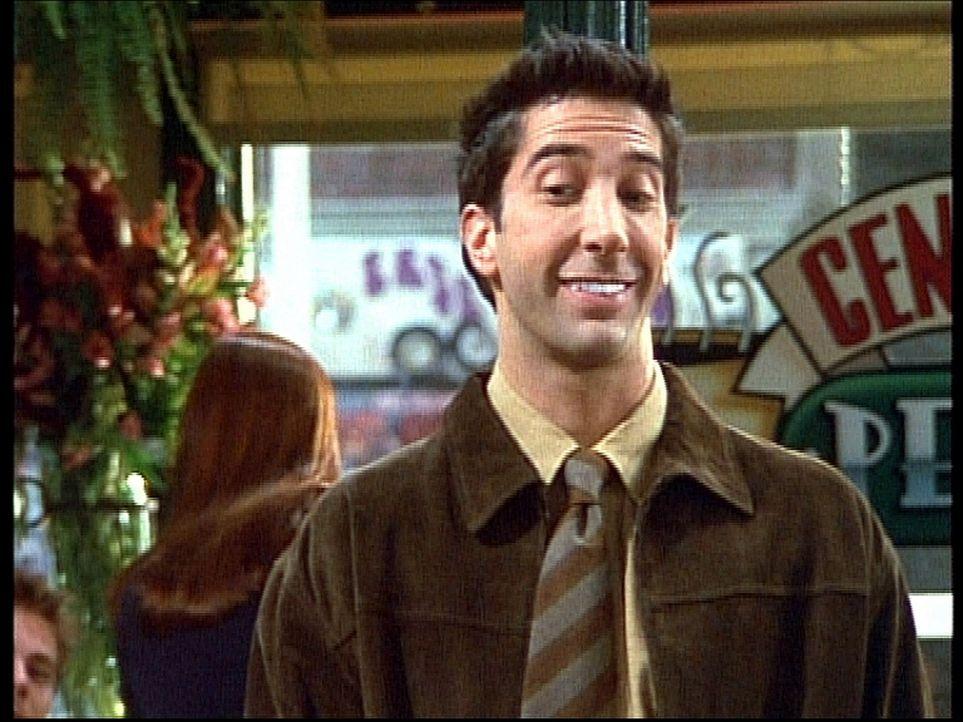 Ross (David Schwimmer) verabredet sich mit einer Kollegin von Monica. Um einen möglichst guten Eindruck zu machen, bleicht er sich die Zähne zuvor... - Bildquelle: TM+  2000 WARNER BROS.