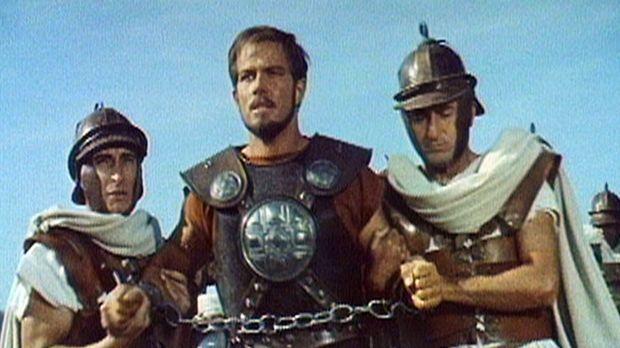 Der britannische Krieger Glaucus (Richard Harrison, M.) wird gefangen genomme...